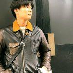 シャーロック/ドラマ衣装|岩田剛典のジャケットやメガネ・ニットやデニムパンツ!