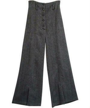 【まだ結婚できない男/5話】吉田羊/着用衣装(パンツ):HERRINGBONE HIGH WAIST PANTS