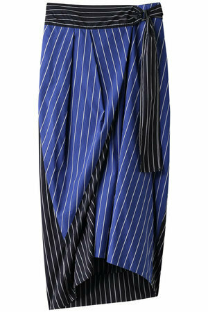 【まだ結婚できない男/8話】吉田羊/着用衣装:ドビーストライプ サッシュデザインスカート