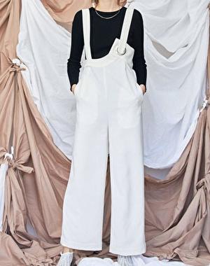 【まだ結婚できない男/10話】吉田羊/着用衣装:アイレットオールインワン