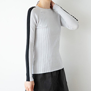 【まだ結婚できない男/4話】吉田羊/着用衣装(トップス):Line Knit